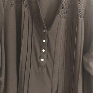 Plus size black tunic size 30.